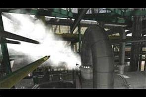 three dozen people faint in ice factory gas leakage