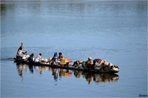 37 people killed in boat sinking in republic of congo