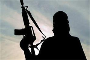 kashmir insurgents kill the head constable by entering the house