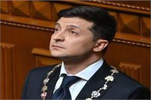 ukraine s new president announces mid term elections
