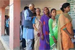 rajyavardhan yashwant sinha rajnath cast their votes in morning
