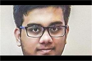 indian student top in cbse 10th exam in uae