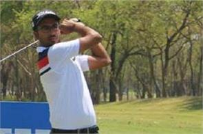 yashas chandra playing 65 card in tata steel players championship