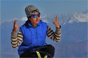 kashmiri girl nahida won mt evrest