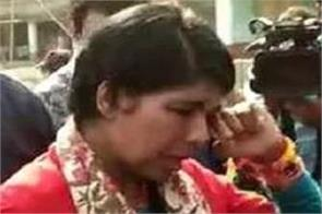 attack on bjp candidate bharati ghosh in polling booth