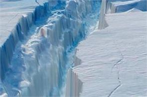 antarctica s ice is melting 5 times faster than in the 90s
