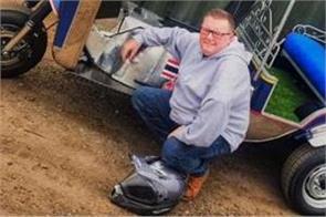 uk businessman sets first tuk tuk land speed world record