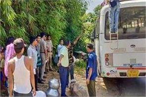 four policemen including officer injured in attack by bru refugees in tripura