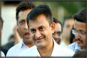 gujarat congress big blow paresh dhaniani resigns as leader of opposition