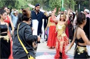 rakhi sawant dance in item song