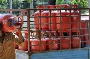 consumers are facing price rise non subsidized gas cylinders cost 25 rupees