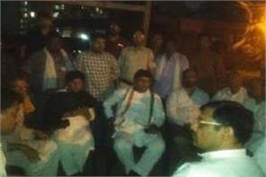 ashok tanwar who was staying in the hospital all night