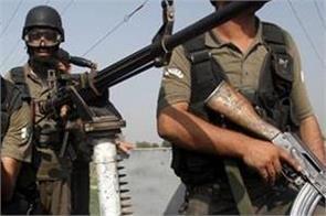 roadside bomb kills three pak army officers one soldier