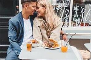 1 in 4 women go on date for a free meal study