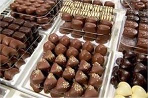 uk woman spends 26 lac rupees on chocolates in 1 day