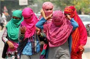 heat rises in delhi may be rain on tomorrow
