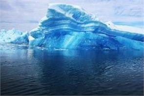 uae to drag iceberg from antarctica to solve water problem