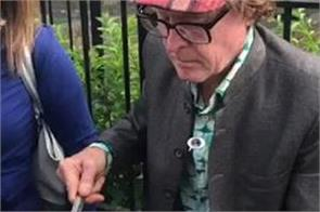 english man selling peanuts on england streets video viral