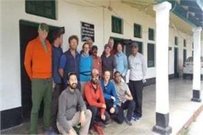 group missing on climbing in nanda devi