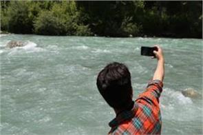 selfie killed most people more indians die