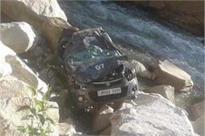 police asi dead in road accident in doda