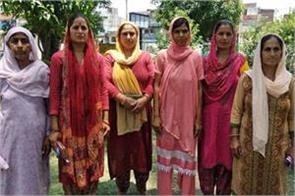 women of kathua sakta chak demand water