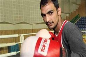 boxer jaibhagwan in disputes charge of slamming the hotel manager