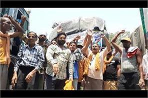 langar sewa vehicles stopped at lakhanpur