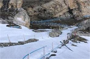 800 labourers are deployed to clear amarnath yatra track