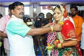 gujarat 45 year old bjp leader wins from 27 year old worker third marriage