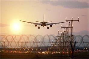 due to the storm in delhi the operations of the flights stopped