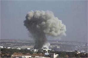 9 people killed in syrian air strike monitoring organization