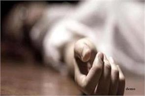 married couple in delhi s mangolpuri commits suicide