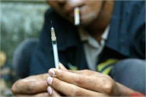 40 percent of schoolchildren in delhi get drunk