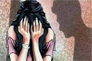 new delhi women accused school teacher of rape