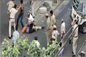 delhi attack on gramin seva driver two constables dismissed