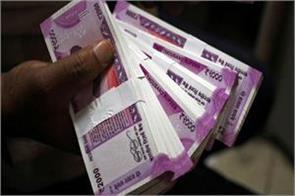 rs 1 02 lakh crore reduction in debt trapped in banks in one year
