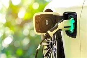 gst rate was reduced to 5 percent on electric vehicles