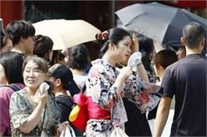 11 dead 5 600 people sent to hospitals in japan heatwave