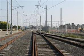 local train services affected by falling electric wire