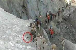 amarnath yatra itbp jawans shielded for pilgrims