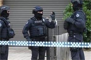 3 arrested in australia for plotting terrorist attacks