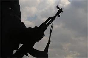 10 army soldiers killed in militant attacks