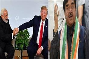 for the second time in a month shatrughan sinha read in the glory of modi