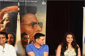mission mangal starcast akshay kumar exclusive interview