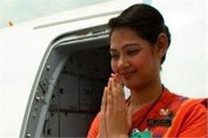 now air india air hostess will be seen in bhagalpuri silk sarees