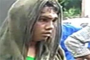 crowd beaten transgender as child thief