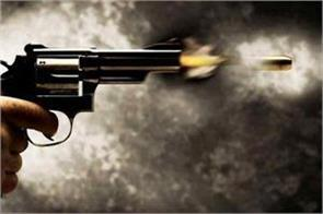 youth killed in east delhi by shooting a friend