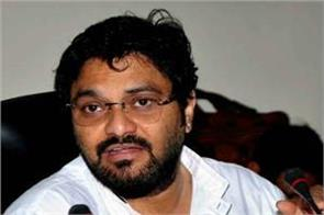 babul supriyo rides an auto rickshaw stuck in traffic