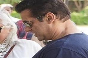 know who gave salman khan mango pickle as a gift
